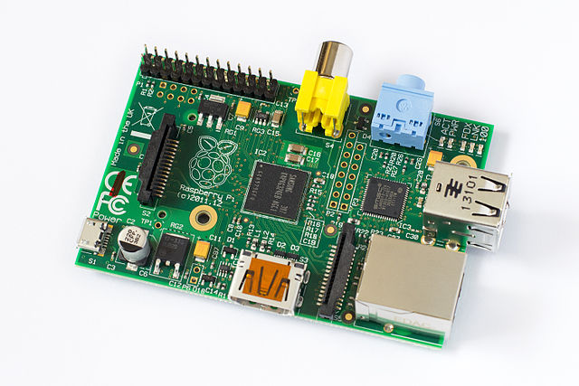 Pictorial Buying Guide for the Raspberry Pi640px-Raspberry Pi Model B Rev. 2.jpg